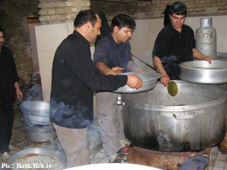 تصاویری از آشپزان و کمک آشپزان محرم